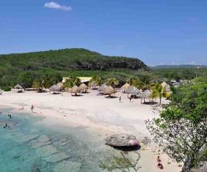 Strand-Daaibooi-Curacao.jpg