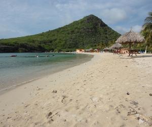 Strand-Santa-Cruz-Curacao.jpg