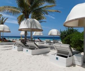 hotel-strand-papagayo-jan-thiel-curacao-2.jpg
